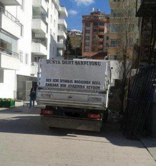 İnegölden ilginç kamyon arkası yazıları.