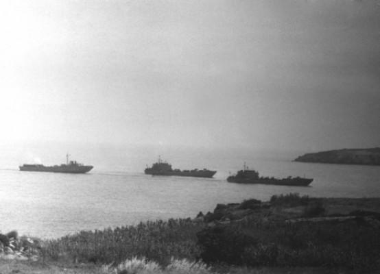 Kıbrıs Barış Harekatından görülmemiş kareler