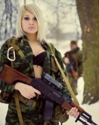 Dünyanın en güzel kadın Askerleri!