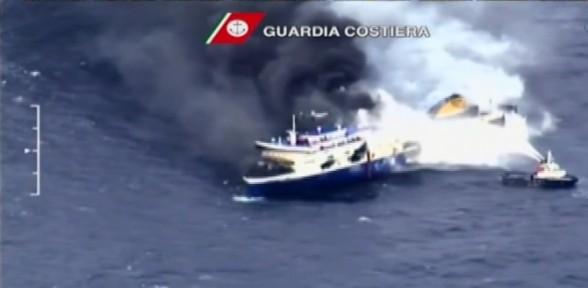 11 Kişiye Mezar Olan Gemi Limana Taşınıyor