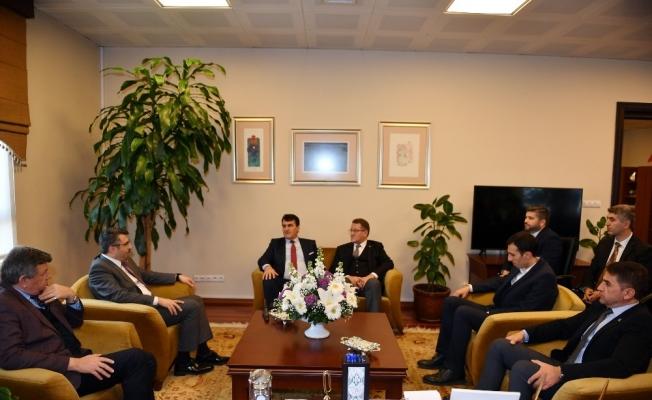 Başkan Dündar, Oktay Yılmaz'ı ağırladı