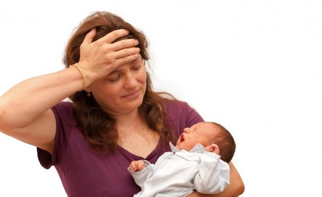 Lohusa depresyonu tüm aileyi sarsabilir