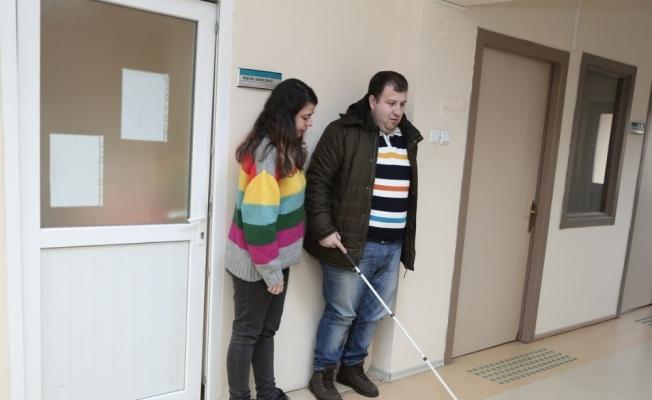 (Özel) Nilüfer Belediyesinden engellilere ücretsiz kitap servisi