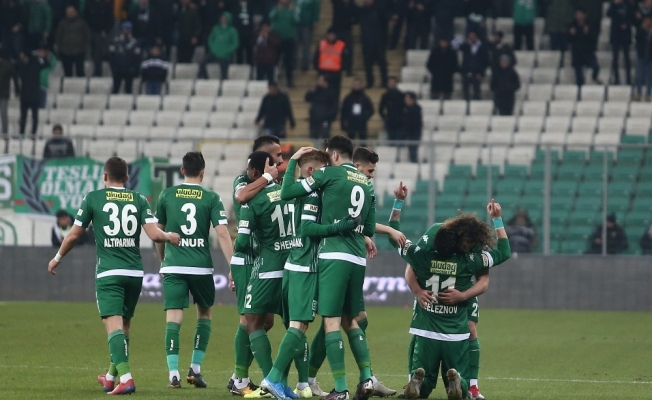 TFF 1. Lig: Bursaspor: 1 - Fatih Karagümrük: 0 (İlk yarı)