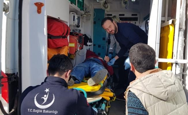 Bursa'da motosiklete çarpan araç sürücüsü kayıplara karıştı
