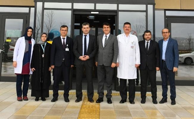 Dündar'dan Şehir Hastanesi'ne ziyaret