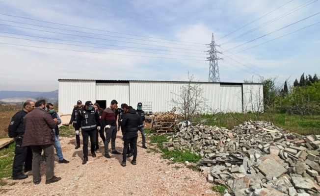 Bursa'da 1 milyon değerinde kaçak dezenfektan baskını