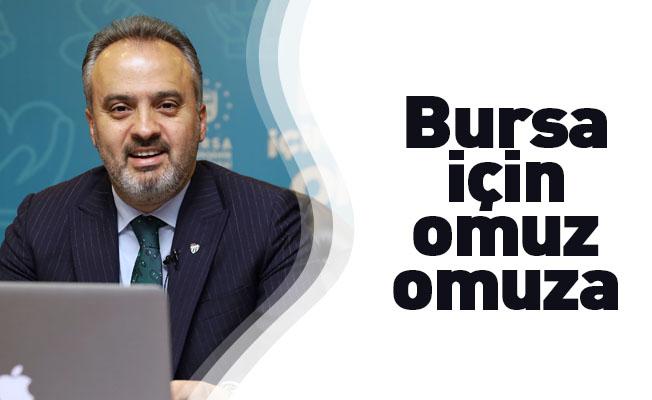 Bursa'da 30 bin aileye gıda ve hijyen paketi, 40 bin aileye pazar filesi