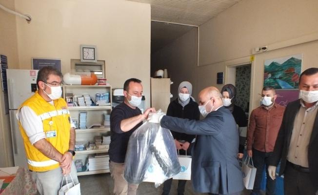 Başkan Korkmaz'dan sağlık çalışanlarına destek ziyareti