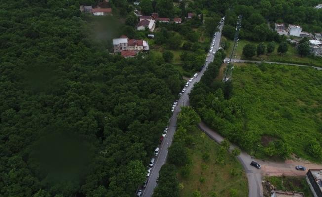 Bursa'da bayram kısıtlaması öncesi kilometrelerce su kuyruğu
