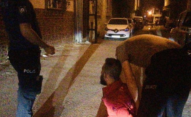 Bursa'da kısıtlamaya uymayan ve şüpheli kişilere nefes kesen operasyon
