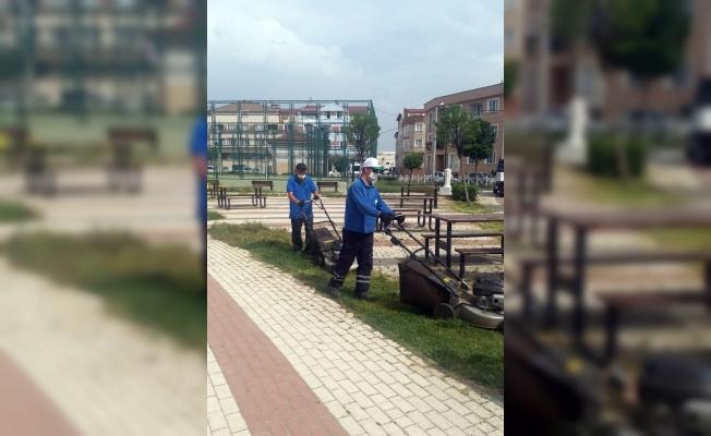 Bursa'da park ve bahçeler normalleşme sürecine hazır