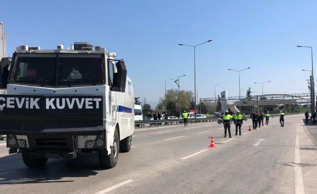 Bursa'da sokağa çıkmanın faturasını ağır ödediler