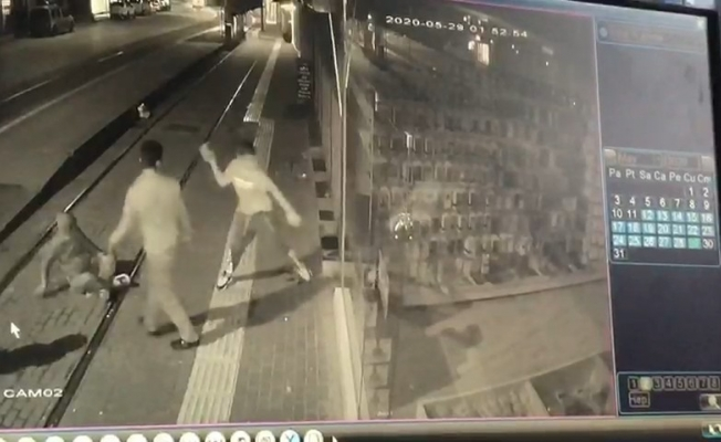Camı kırıp kaçan ve daha sonra gelip soyan hırsızlar yakalandı