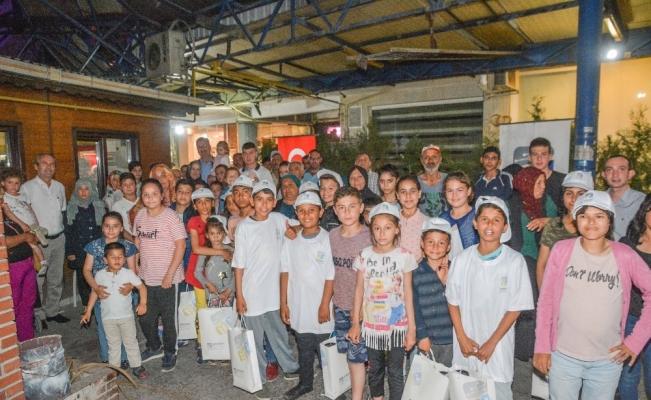 Karacabey Belediyesi'nden çocuklara moral ziyareti