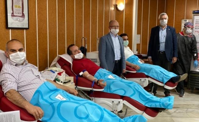 Milletvekili Refik Özen'den kan bağışı çağrısı