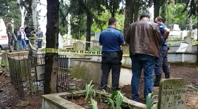 Çocuk doktorunun mezarlıkta şok eden ölümü