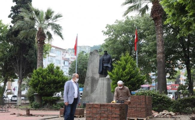 Mudanya Cumhuriyet Meydanı projesinin ilk etabı başladı