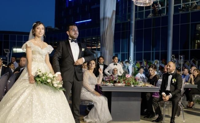 Dokuz çocuklu İzzet Yıldızhan'dan yeni evli çiftlere mesaj