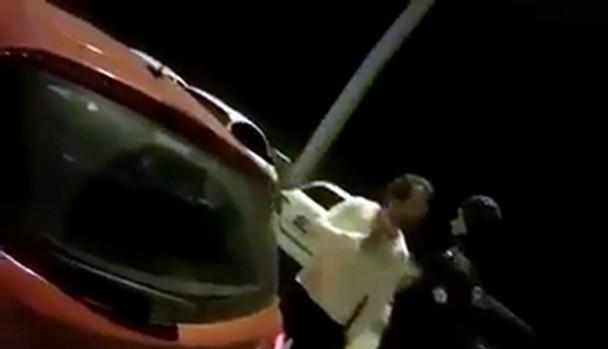 Polise hakaretler savuran yarbaya kötü haber