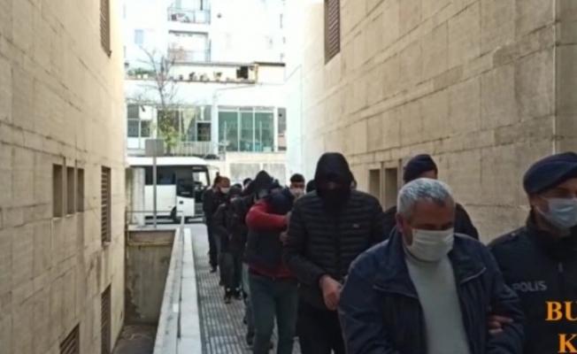 Bursa'da dublörlü tapu dolandırıcıları yakalandı: 8 tutuklu