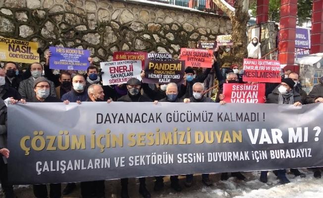 Bursa'da restoran ve kafe işletmecileri mekanların HES kodu ile açılmasını istiyor