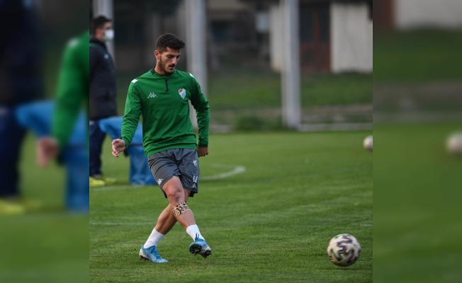 Bursaspor'un üç futbolcusu U19 Milli Takımı'na çağrıldı
