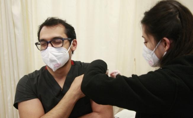 Orhangazi'de ilk aşılar yapıldı