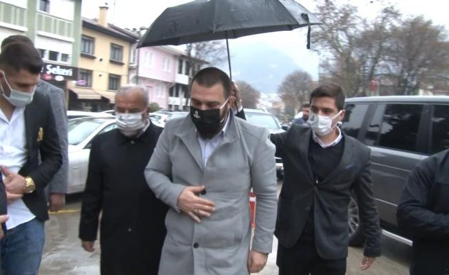 Abdulhamid Han'ın torunu, Bursa'da dedelerinin türbelerini ziyaret etti