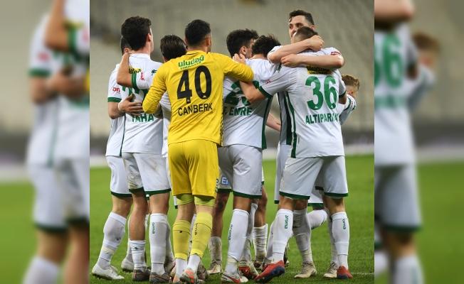 Bursaspor son dakikaları seviyor