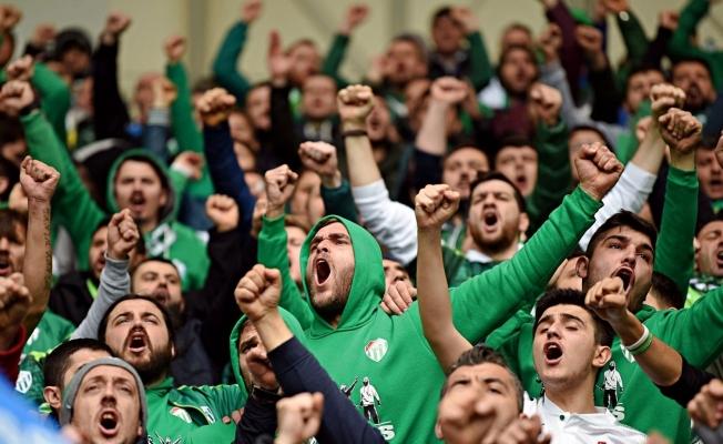 Bursaspor taraftarından Başkan Erkan Kamat'a bir uyarı daha