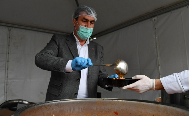 Osmangazi'nin iftar yemekleri 5 yıldızlı otellerle yarışıyor