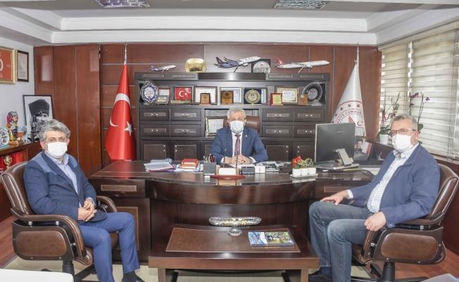 """Başkan Özkan: """"Sağlık çalışanlarımıza destek oluyoruz"""""""
