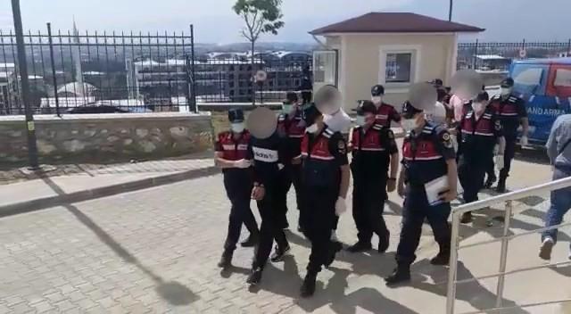 Jandarmadan zehir tacirlerine suçüstü; 5 kişi tutuklandı