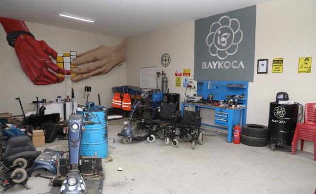 İnegöl'de belediye ekipleri yolda kalan engelli vatandaşın imdadına yetişti