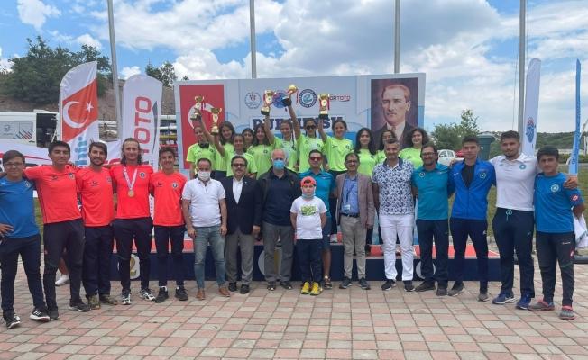 Bursa Büyükşehir Belediyespor, Durgunsu Kano Türkiye Kupası'nda 24 madalya kazandı