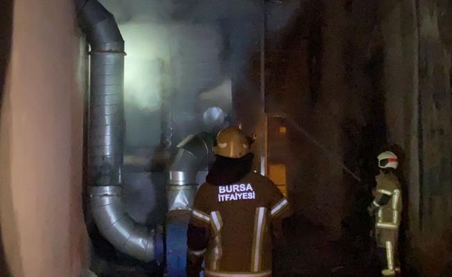 Bursa'da gece saatlerinde korkutan yangın