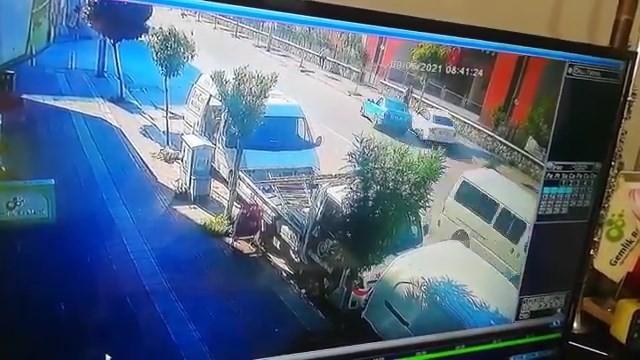 Bursa'da ölümden kıl payı kurtuldu, o ânlar kameraya yansıdı