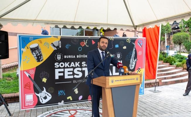 Bursa'da sanat sokağa taştı