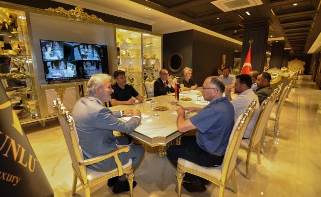 İTSO'dan Ev İnegöl Mobilya AVM'ye Ziyaret