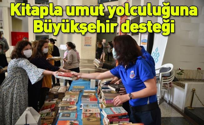 Kitapla umut yolculuğuna Büyükşehir desteği
