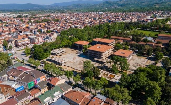 Vali Canbolat yeni belediye binası şantiyesini inceledi