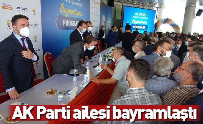 AK Parti ailesi bayramlaştı