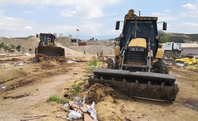 Osmangazi'de kurban kesim satış yerleri temizleniyor