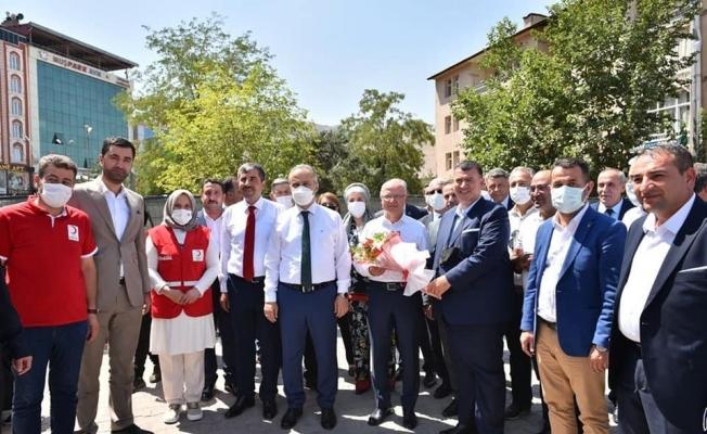 """Gürkan: """"Şanlı tarihimizden aldığımız güçle geleceğimizi inşa ediyoruz"""""""