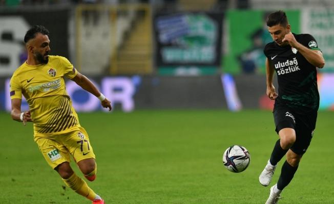TFF 1. Lig: Bursaspor: 0 - Eyüpspor: 0 (İlk yarı sonucu)