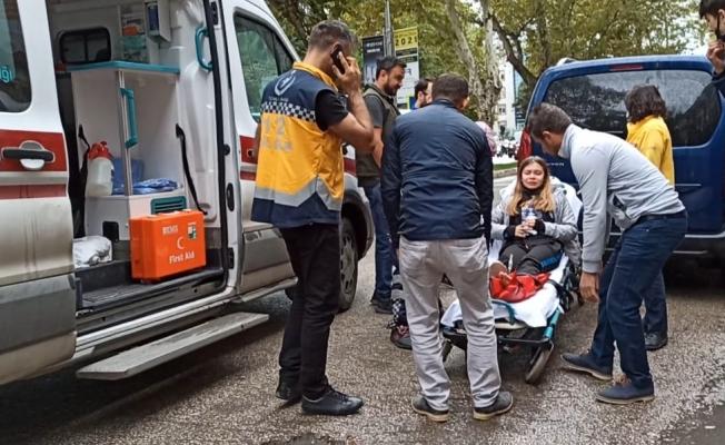 Otomobilin çarptığı öğrenci yaralandı