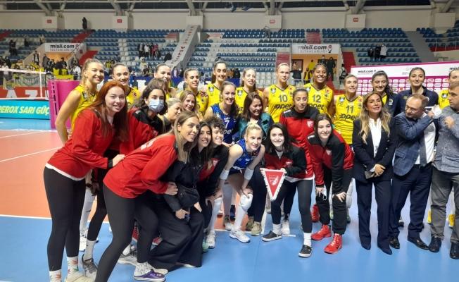 Fenerbahçe, Orhaniyespor'u Ağırladı