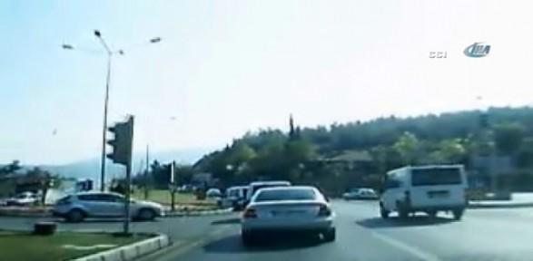 3 Kişinin öldüğü Kaza Kamerada