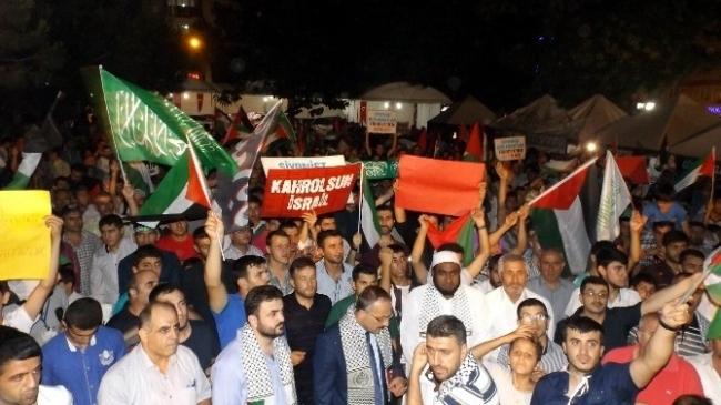 Bursa'da Gece Yarısı Filistin'e Destek…
